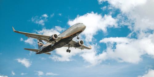 Почему вы должны и не должны летать с Air Canada