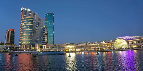 10 самых больших торговых центров в Дубае