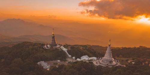10 причин, по которым стоит поехать в Луангпрабанг, а не во Вьентьян