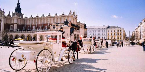10 причин, по которым стоит поехать в Краков, а не в Варшаву