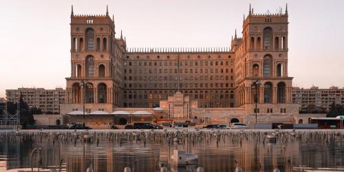 Баку и города мира