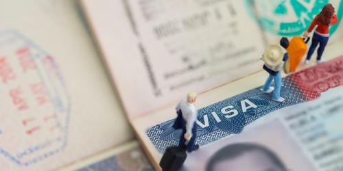 Как подать заявление на получение гостевой визы США?