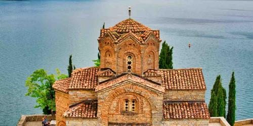 10 причин, по которым стоит поехать в Охрид, а не в Скопье