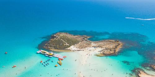 10 причин, по которым вы должны поехать в Кипр прямо сейчас
