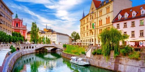 Как подать заявление на получение туристической визы в Словению